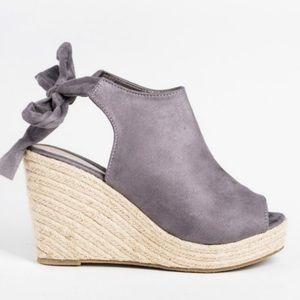 Gray Espadrille Wedge heel sandals, New in Box